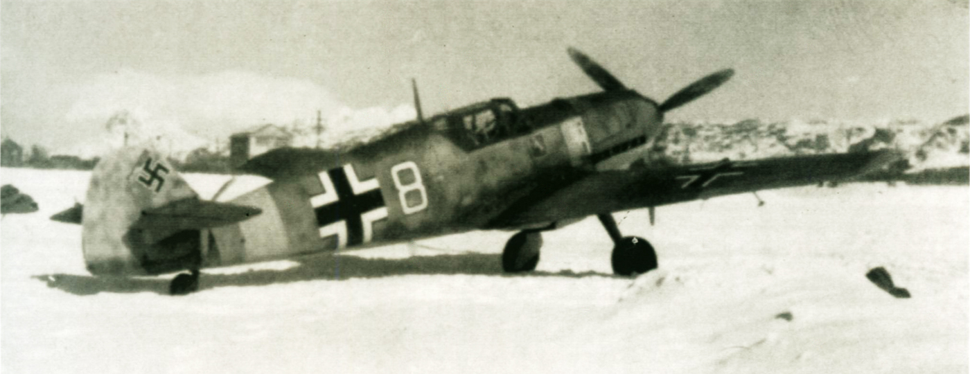 1-Bf-109E7-7.JG5-(W8+-)-Franz-Dorr-Bodo-Nordland-Norway-March-1942-01
