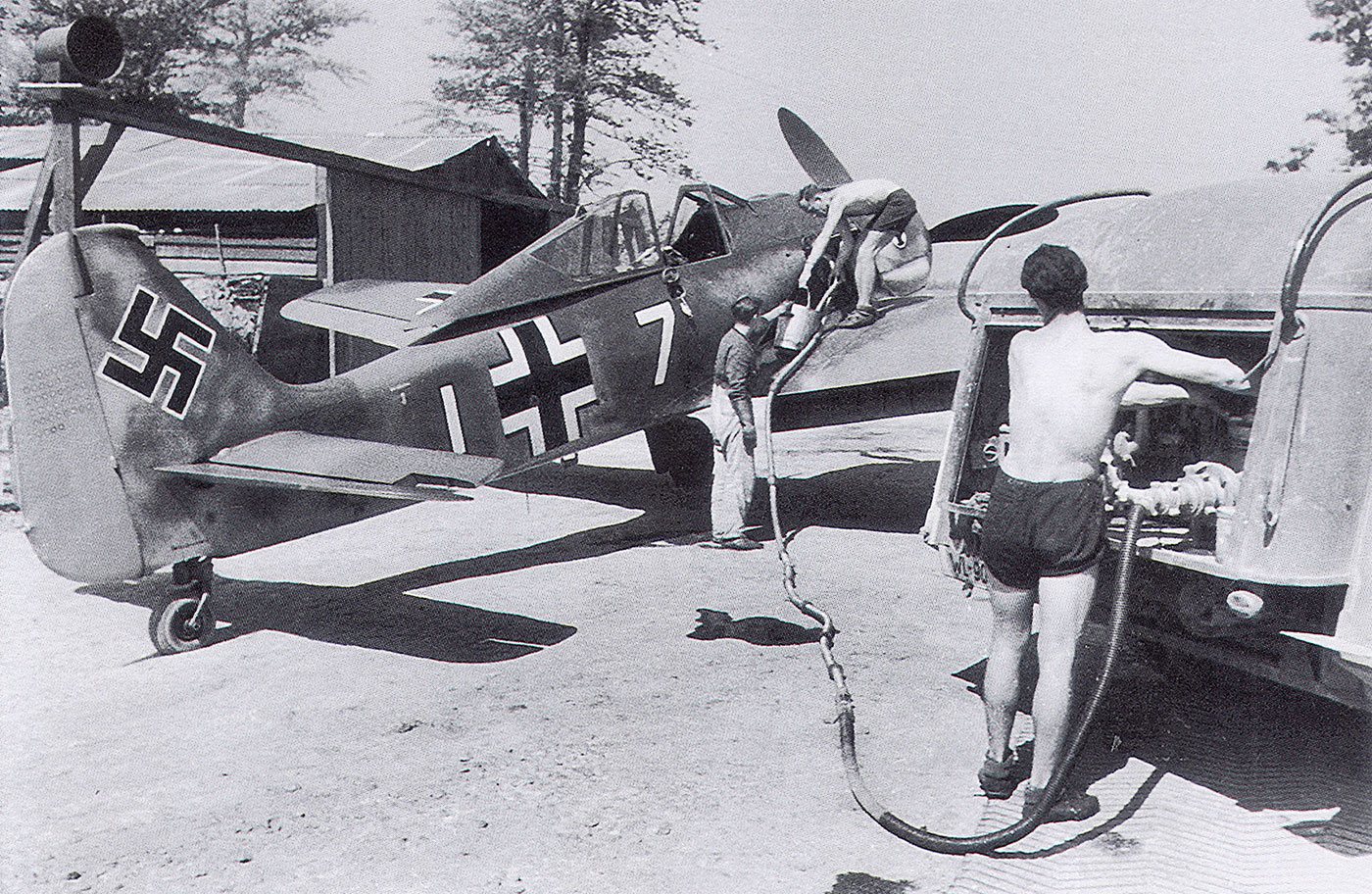 1-fw-190a3-7.jg2-w7i-egon-mayer-theville-france-june-1942-01
