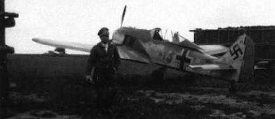 5 - Fw 190A-5_JG2_Walter Oesau_Beaumont-le-Roger France Juin 1943.
