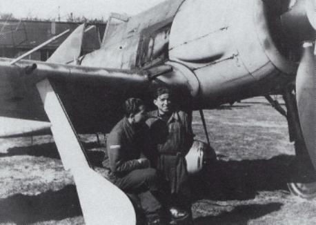 11- Fw 190A-7 MK de Otto Heinzmann, I.JG11, Rothenburg 1944