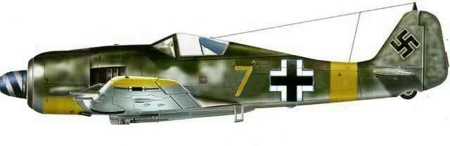 15-Fw 190F-8 de Karl Heinz Kabus. 3.JG11Straussberg Mars 1945