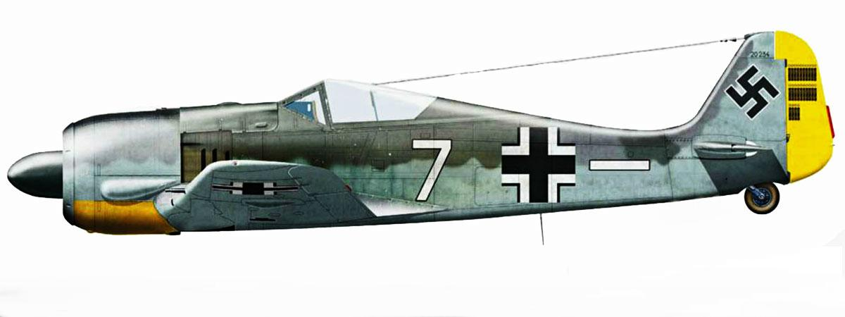 23 - Fw 190A-2 de Kurt Ebersberger. 4.JG26, France 1942