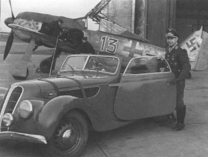 3 - Fw 190 A-5 du Major Josef Priller, Stab.JG 26, Lille-Vendeville France, Juin 1943