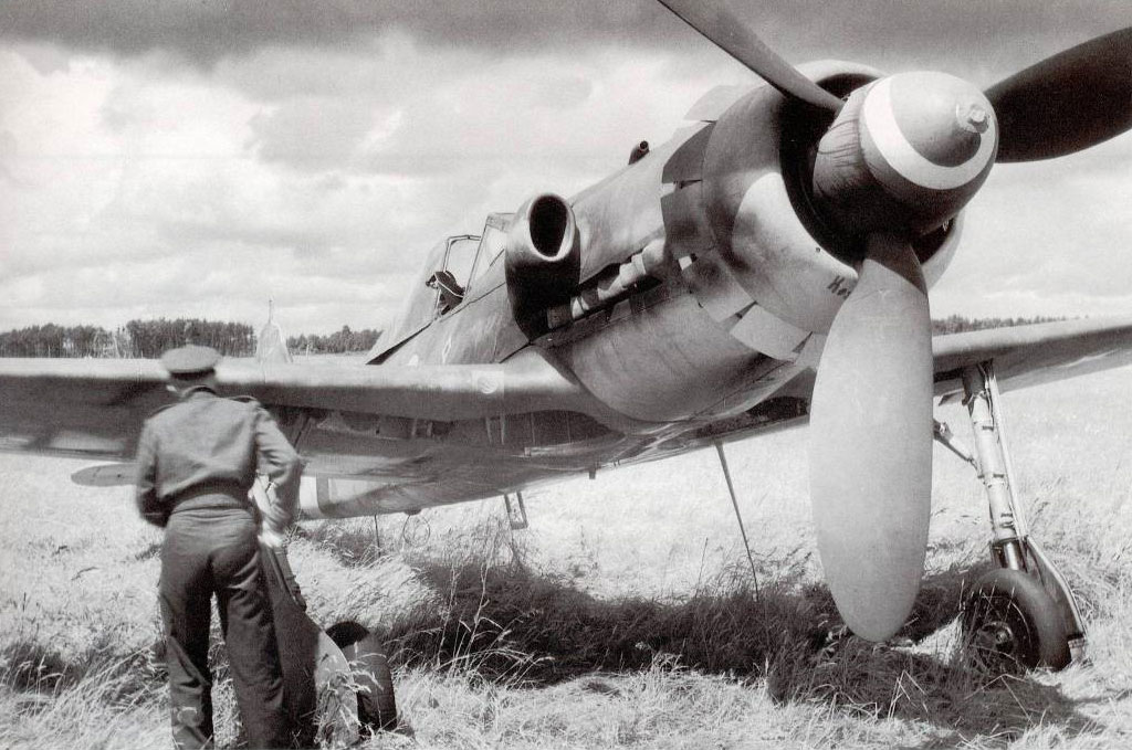 7 - Focke Wulf Fw 190D13 JG26 de Franz Gotz, après sa capture, Allemagne 1945