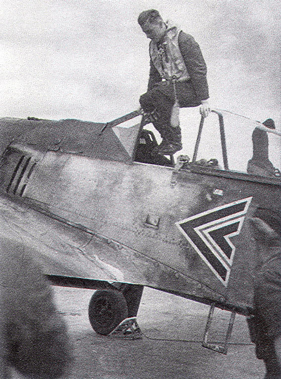 9 - Fw-190A3-Stab-I.JG26-Johannes-Seifert-France-Juillet-1941